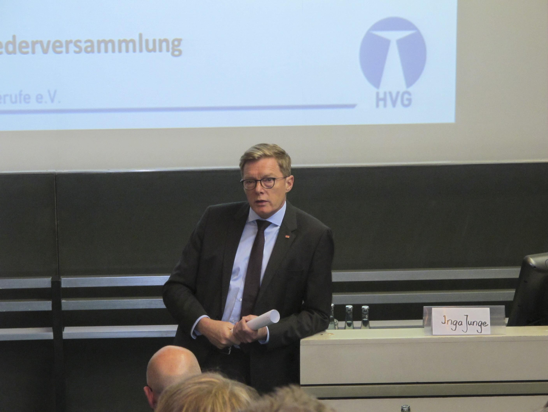 Begrüßung durch Prof. Dr. Christopher Baum (Präsident MHH)